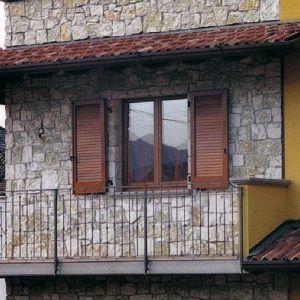 Pietra naturale Bianca Mister Brick per rivestimento faccia a vista da interno ed esterno