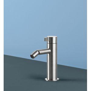 Rubinetto per lavabo in acciaio inox dal design geometrico ed essenziale modello Toox - Radomonte - Edilvetta Verona