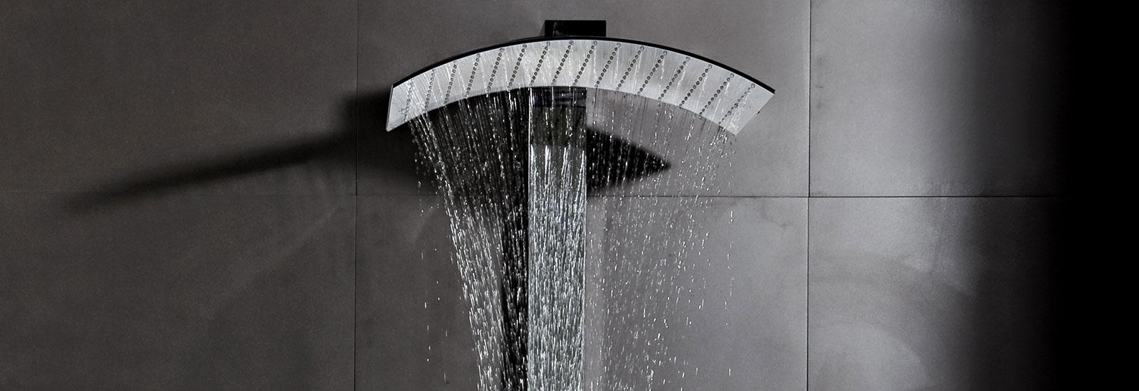 Colonne doccia e cromoterapia